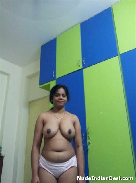 Chubby and busty Indian desi girl topless 2 – Nude Indian Desi Girls Sex
