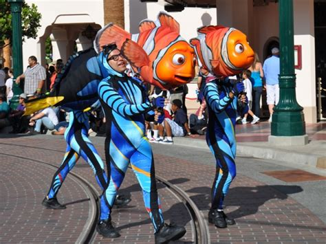 Pixar Play Parade Returns To California Adventure