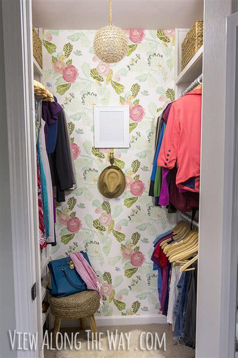 organized  pretty closets   organize  clothes