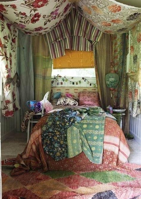 boho bedroom ideas  fabrics cute  unique boho
