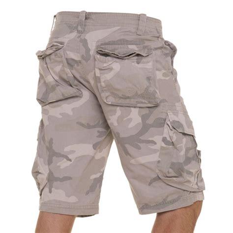 bermuda homme tendance camouflage beige