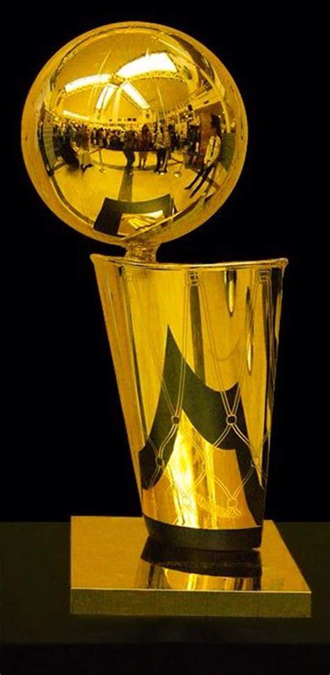 larry obrien nba championship trophy
