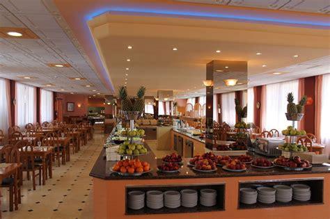 parasol garden hotel torremolinos spain hotel parasol garden malaga province spain expedia