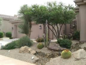 Small Front Yard Desert Landscaping Ideas