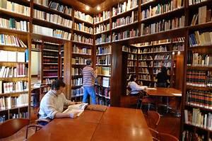 File:Biblioteca Casa de Colón Nacho González JPG Wikimedia Commons