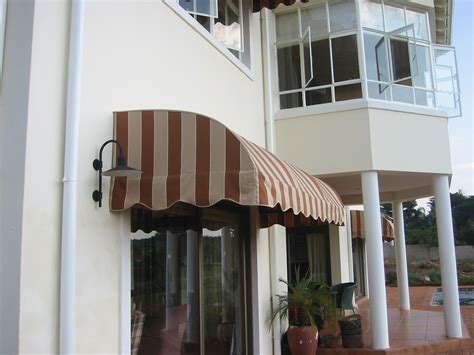curved awnings shades