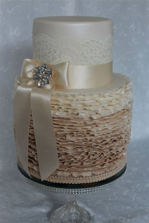 gallery cakes  lisa