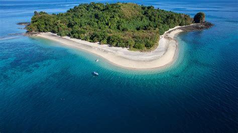 nosy  wonderful island  madagascar  ready