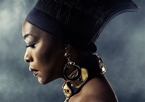 640x960 Angela Bassett In Black Panther Poster 5k Iphone 4
