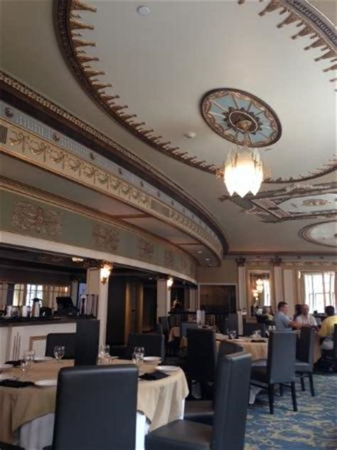 Dining Room Centre by Dining Room Picture Of The Metropolitan Entertainment