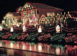 The House With One Million Christmas Lights Daily Mail