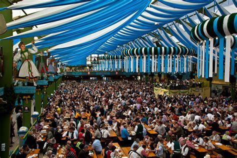 OKTOBERFEST-BIGGEST ADULTS PARTY – Travel All Together