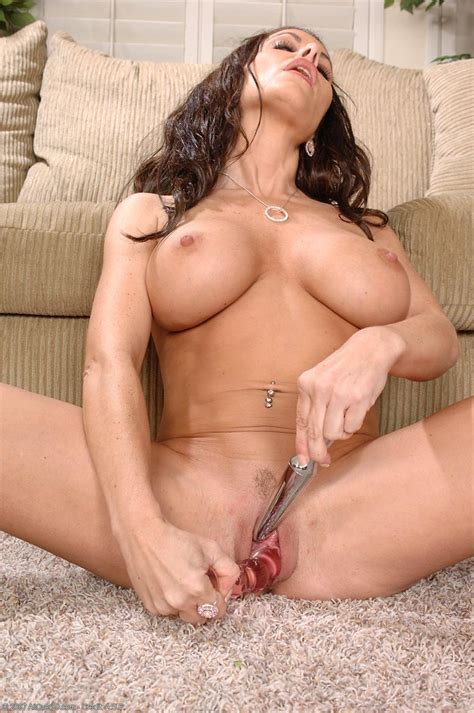 victoria valentino And Her Favorite Glassy Dildo Free Cougar sex