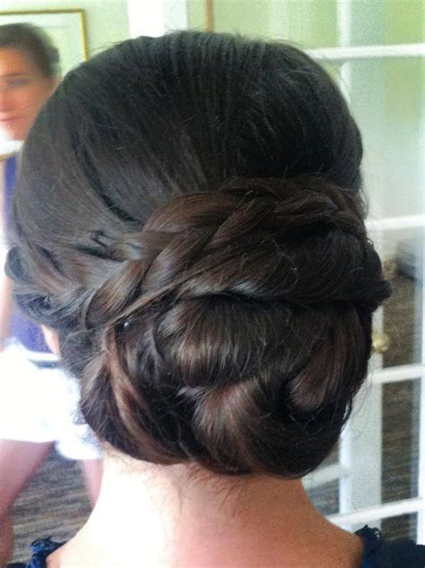 21 Gorgeous Indian bridal hairstyles   Indian Makeup and