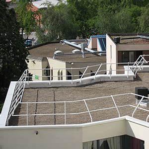 Toiture Terrasse Inaccessible : dani alu garde corps aluminium barrial fixe toiture terrasse inaccessible protection chute ~ Melissatoandfro.com Idées de Décoration
