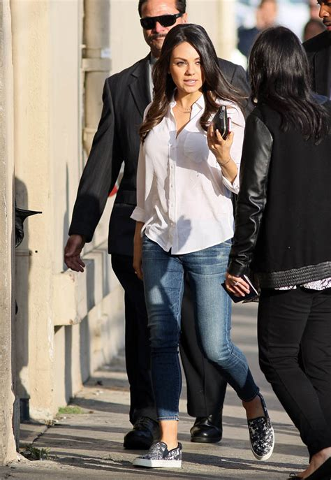 Mila Kunis Is Cool Girl In New Reddit Amalainey Gossip Entertainment Update