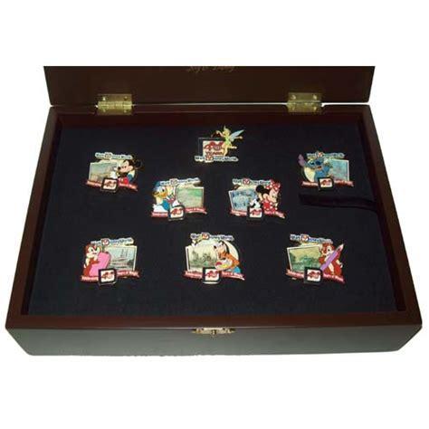 Disney Boxed Pin Set   Walt Disney World 40th Anniversary