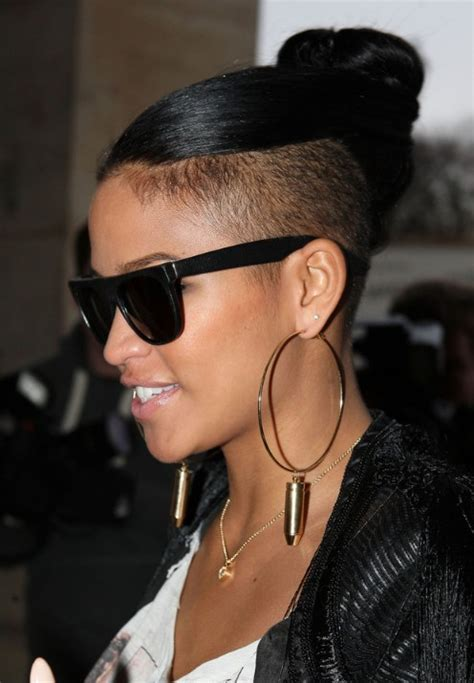 cassie top knot hairstyle celebrity stylish knot