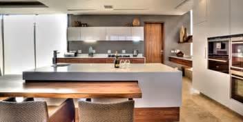 White Kitchen Design Ideas 2014 by Top 5 Kitchen Living Design Trends For 2014 Gt Caesarstone