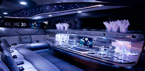 Limo Hire by Here Are The Benefits That Come With Limo Hire Services