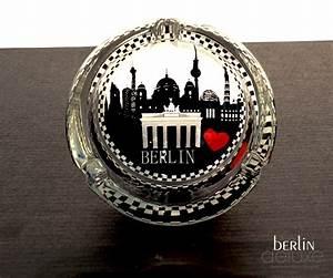 Berlin Souvenirs Online : aschenbecher berlin skyline geschenke design souvenirs online ~ Markanthonyermac.com Haus und Dekorationen