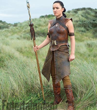 new zealand actress in game of thrones keisha castle hughes makes memorable debut on game of