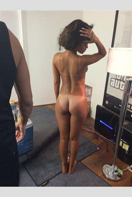 Nackt und Beruhmt! Rihanna nackt - full naked! hot ass! nacktfotos!