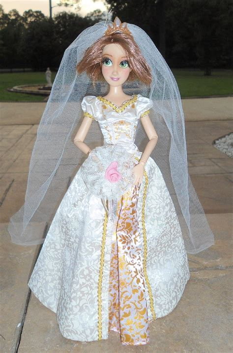wedding eugene rapunzel  doll set
