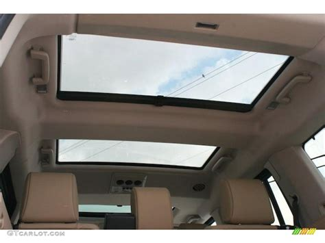 land rover lr4 interior sunroof 2010 land rover lr4 hse sunroof photo 46271845 gtcarlot com