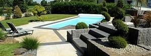 amnagement terrain extrieur beautiful exquise amnagement With amazing amenagement petit jardin avec terrasse et piscine 11 piscine moderne vert et bleu piscine