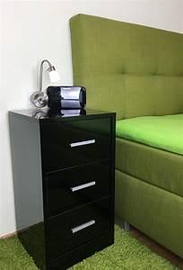 Nachttisch Schwarz Hochglanz : nachttisch schwarz hochglanz ausgezeichnet nachtkommode boxspringbett nachttisch nachtkonsole ~ Orissabook.com Haus und Dekorationen