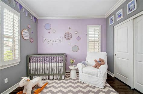 chambre lilas et gris couleur chambre bébé osez le violet