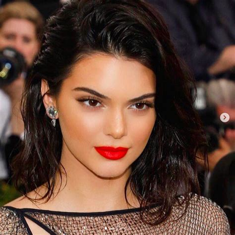 Hair Looks by Mane Addicts How To Get Kendall Jenner S Hair Look