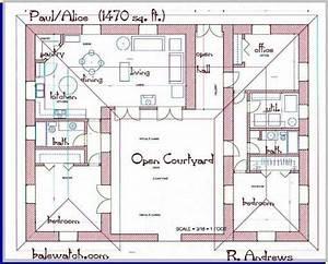 Kleine Holzhäuser Grundrisse : 3 bedroom house plans with courtyard google search bauplan pinterest strohballenhaus ~ Bigdaddyawards.com Haus und Dekorationen