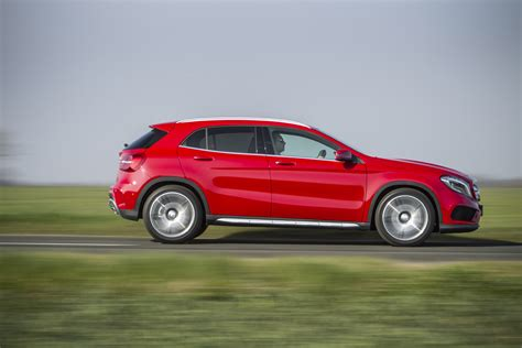 Mercedes Gla Class Picture by Mercedes Gla Class Suv Pictures Carbuyer