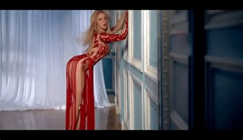 Shakira Cant Remember To Forget You Ft Rihanna Find