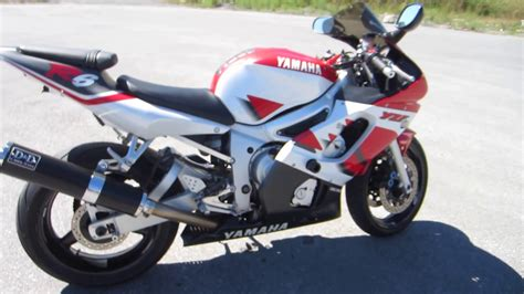 Review Yamaha R6 by Yamaha R6 Review