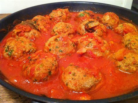 boulettes de viande sauce tomate cuisine italienne polpette de viande à la sauce tomate envie de cuisiner