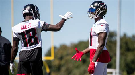 falcons packers inactives julio jones  calvin ridley