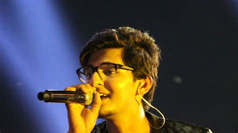 Darshan Raval's Fans Feel Cheated By Bosses Of 'india's