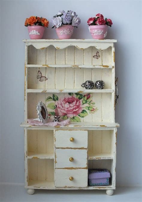 cuisine shabby chic 17 best images about dollhouse miniatures shabby chic on