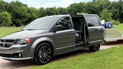 2017 Dodge Grand Caravan Info  Knight Dodge
