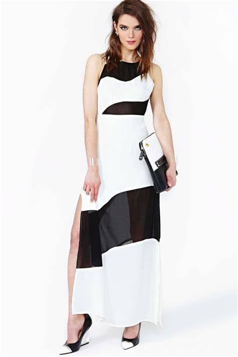 pictures of wardrobes secrets maxi dress in colorblock fashionista pt