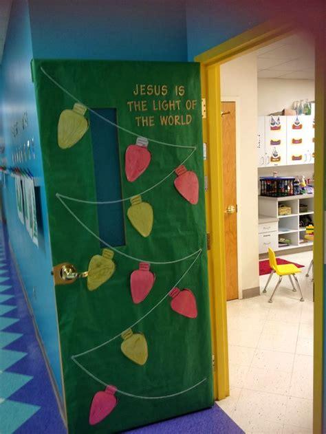christmas decorations for school best 25 school door decorations ideas on classroom door class door decorations and
