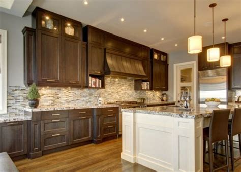 kitchen islands calgary 23 best images about should i paint my island white on