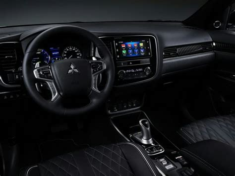 2020 Mitsubishi Outlander PHEV Deals, Prices, Incentives ...