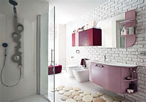 Bathroom: Captivating Small Bathroom Decoration Using