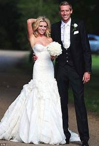 abbey clancy marries peter crouch in giles deacon wedding With giles deacon wedding dresses