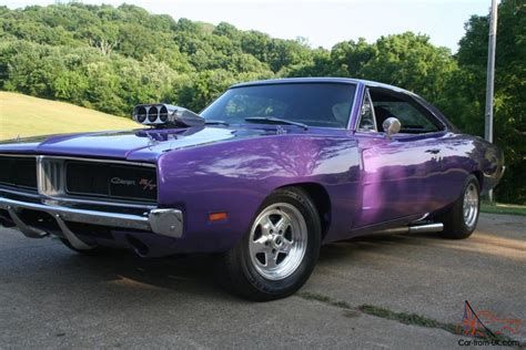 1969 Dodge Charger Plum Crazy 600 hp