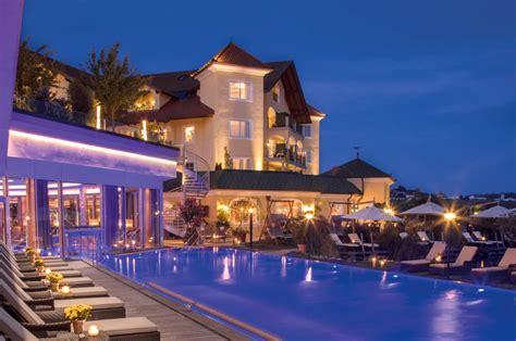 Uebernachtung In Den Merkwuerdigsten Hotels In Der Welt by Tripadvisor Die Besten Hotels Deutschlands Travelbook